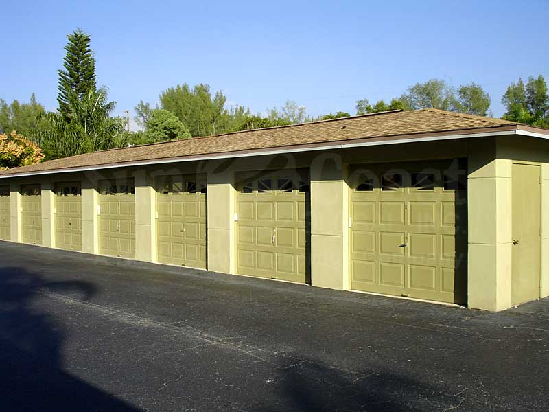 River Park Place Detached Garages